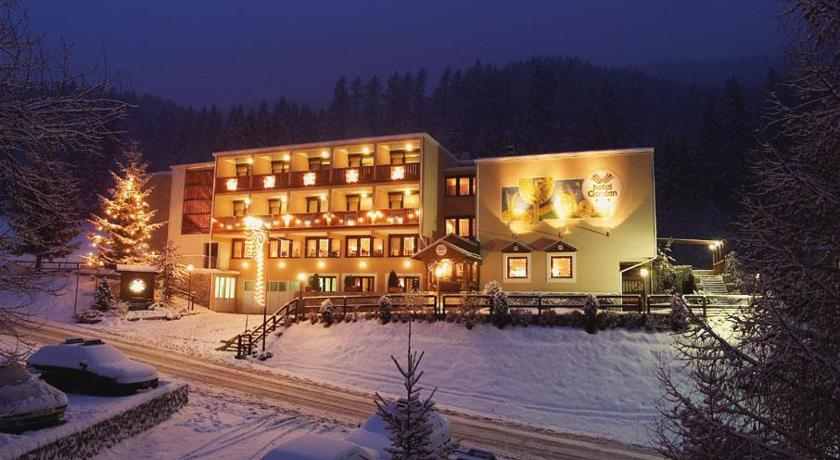 Val di Sole skipass included: Hotel Garden 3*+ HB 2